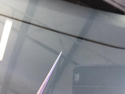 ニッサン セレナ HFC26 フロントガラス 修理 ビフォー