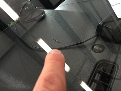 トヨタ RUSH フロントガラス修理
