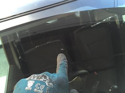 ワーゲン ゴルフ フロントガラス 修理