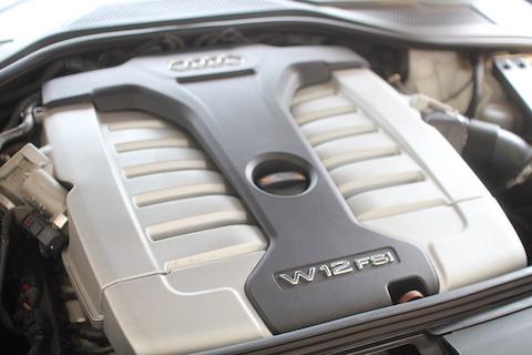 アウディ A8L デントリペア ウインドリペア W12