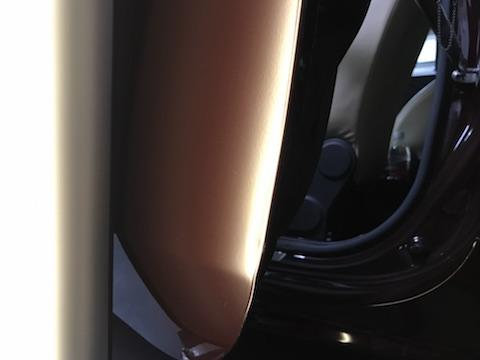 アバルト 695 マセラティ 限定 ヘコミ 修理 デントリペア ドア