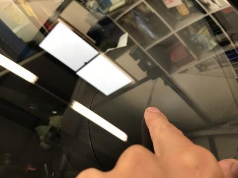 スペイド フロントガラス 飛び石 修理 ウインドリペア