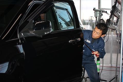 知られていない、安い車のヘコミ修理が大阪にあります!!