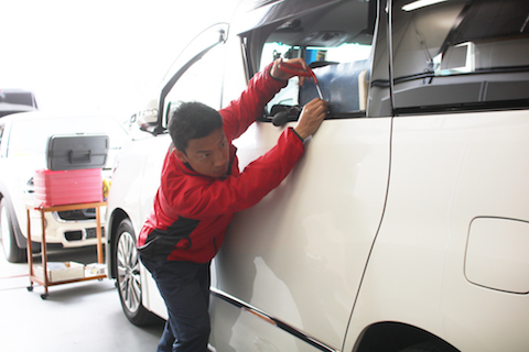 車のヘコミ修理、費用は最安のに仕上がりは最高