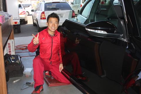 新車ワーゲンのヘコミを、塗装しないで新車の鉄板に元どおりに修理!