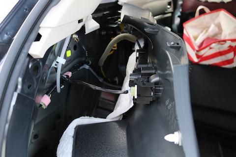 車のクォーターに出来たヘコミの修理期間はたったの1時間!