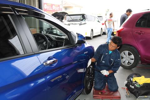 大阪北部地震で車にヘコミ被害!最小限のご負担で直します!
