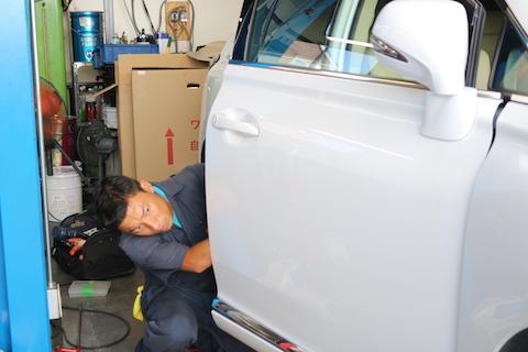 大事な愛車のヘコミ修理は、塗装しない・早く直るデントリペア!