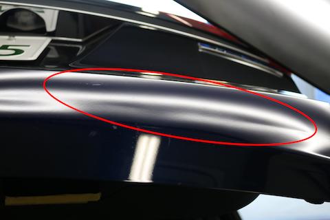 新車に大きなヘコミ!一番良い修理でヘコミの無い元々の状態に!!