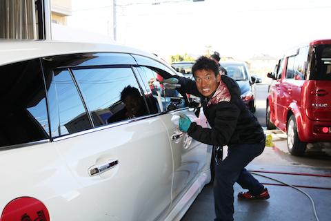 口コミ以上、期待を超える車のヘコミ直しにお客様も大満足!