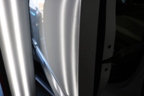 大事な愛車のヘコミ修理は、一番綺麗で即日直るデントリペア!