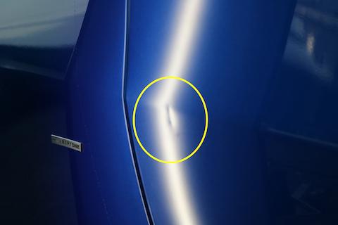 車のヘコミ、プレスラインが潰れていても、1時間程度で綺麗に治ります!