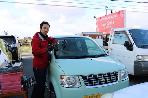 即日修理が可能な大阪のフロントガラス飛び石リペア!