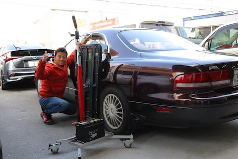 博物館用のお車、オリジナル塗装を守って修理!
