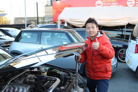 お客様の大事な愛車を、一番良いヘコミ方法で修理!