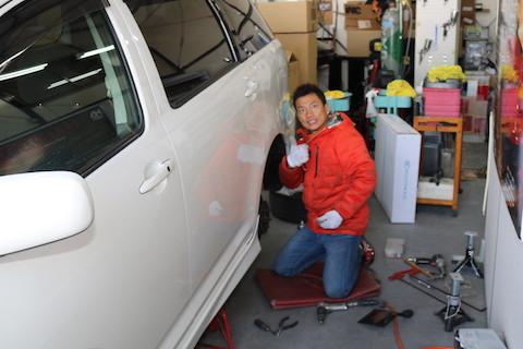 車のヘコミを直す事は、心の傷を癒し、車の愛着を増やす修理!