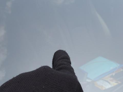 どっちがお得?フロントガラスを車両保険で交換するか?ウインドリペアで直すか?
