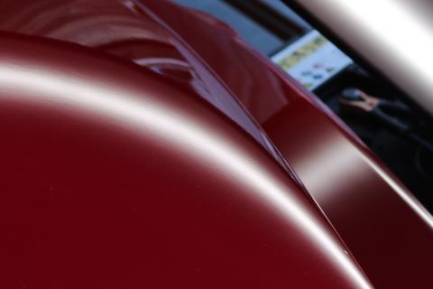 名車のヘコミ修理も、デントリペアが一番良い修理方法!