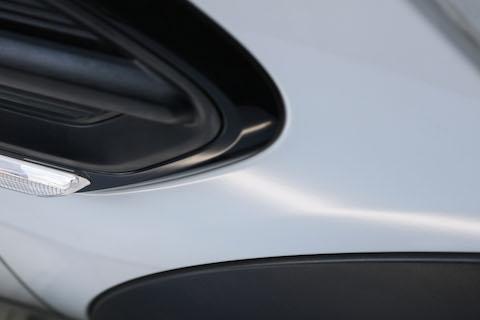 BMW ミニのヘコミ修理、大きくてもデントリペアで即時解決!