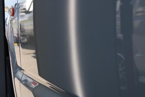 ディーラー様もオススメする、鈑金・塗装しない車のヘコミ直し!