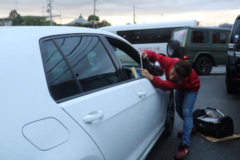 車を大事にしている、神経質な方が御用達するヘコミ修理、デントリペア!