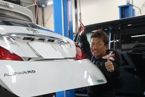車のヘコミ修理、こんな方法があったんだ!と知られていない技術をご用意しております!