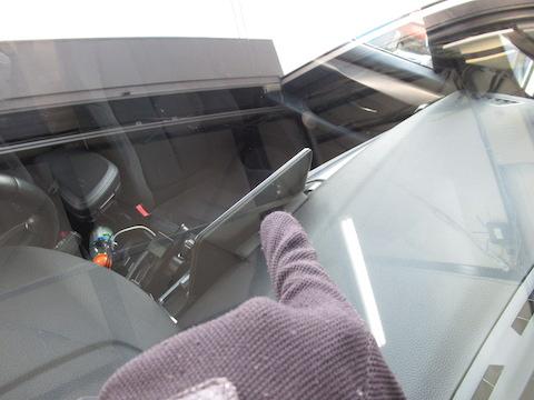 輸入車のフロントガラス交換は高額、早めの対処すれば安心です!