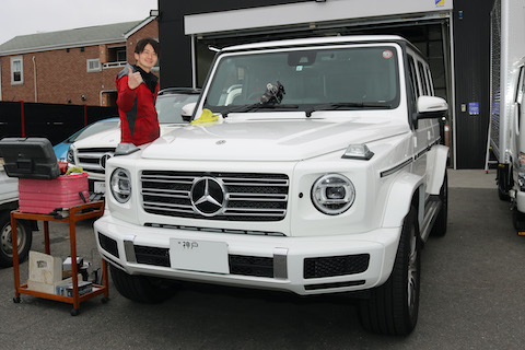 フロントガラスのひび割れ・傷、車両保険での交換も良いですが、1.5万円で修理も可能です!