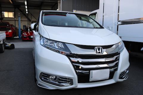 車のドアパンチの修理が気軽に出来る、1万円から直るデントリペア!