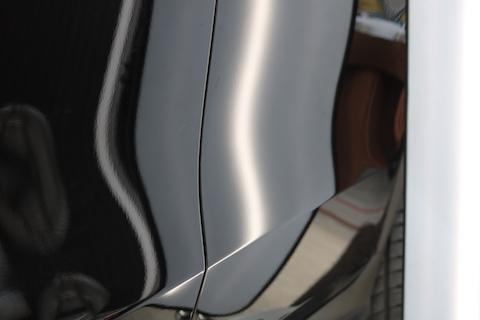 輸入車のヘコミ修理も最短15分で直ります!っっv