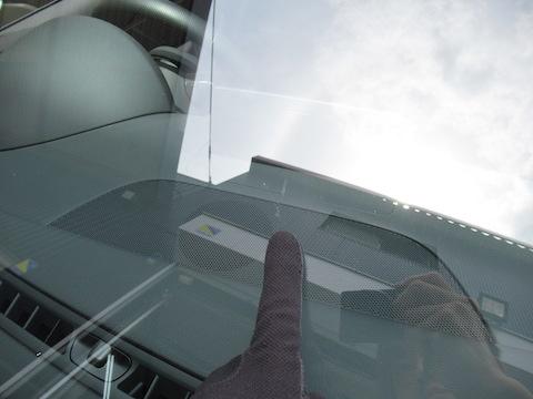 フロントガラス交換よりもウインドリペアでの修理をオススメします!