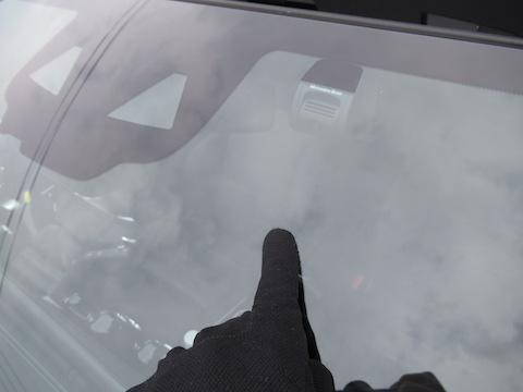 メルセデスベンツなど輸入車のフロントガラスもウインドリペアで解決!