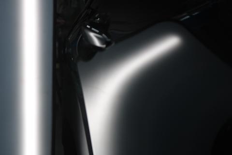 マシーングレープレミアムメタリックのヘコミ修理も塗装しない方法で直します!