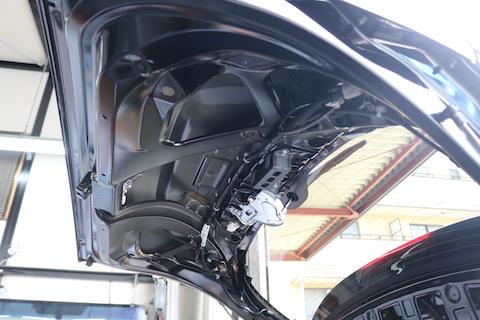 15分で車のヘコミが無くなる?デントリペアというお手軽修理方法とは?