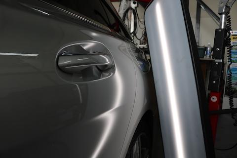 お車のヘコミとお客様のココロのヘコミを直します!