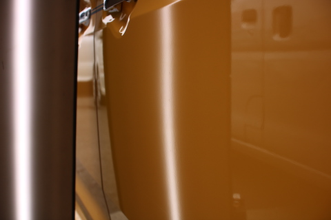 車のドアパンチのヘコミが綺麗に直ります!