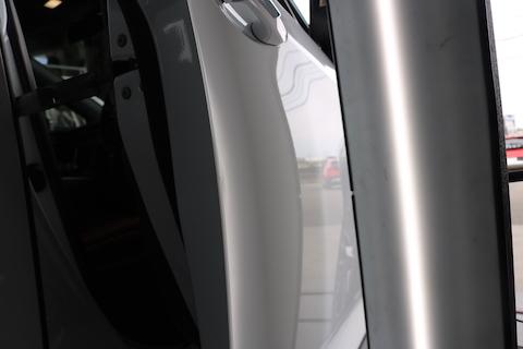 ドアエッジ、端っこの折れ曲がりを塗装しないデントリペアで修理!