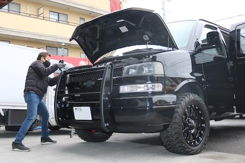アメ車のボディのヘコミもデントリペアで無塗装修理!