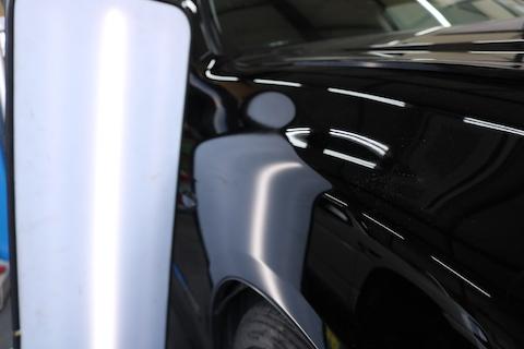 車の大きなエクボのヘコミ、パテ・塗装せずに修理できます!