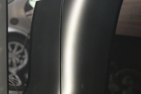 ポルシェのヘコミ修理、塗装しないで綺麗に直せます!
