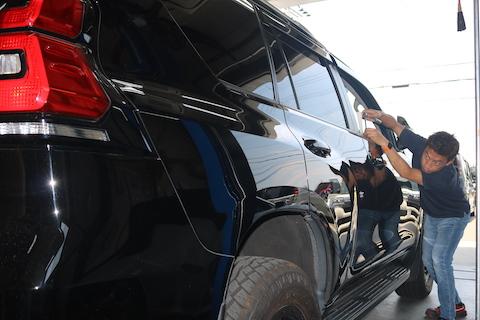 高額査定ランドクルーザー、ヘコミ修理はデントリペアで影響なし!