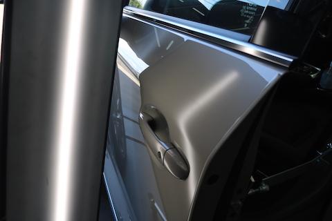 CX-8のドアにヘコミが出来たら、塗装よりデントリペア!