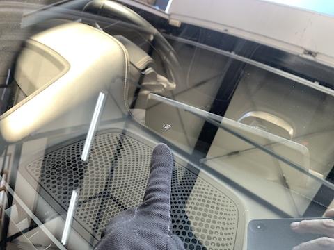 フロントガラス割れ修理はDIYより専門業者が良い理由