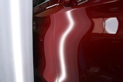 輸入車のヘコミ修理、8,000円から即時修理!