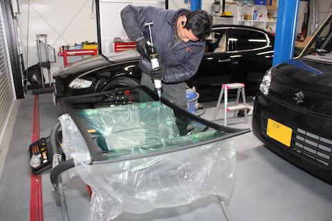 スズキ スペーシア MK32S フロントガラス交換