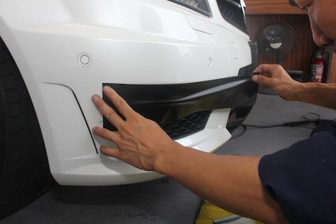 ベンツ C63 AMG グロスブラック ルーフラッピング