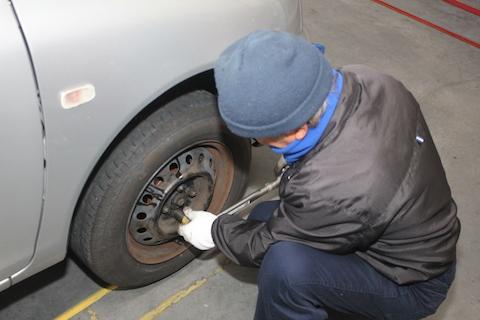 ファンカーゴ 車検 修理