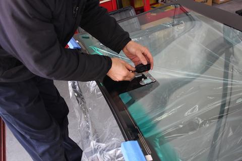 HS250h フロントガラス 交換