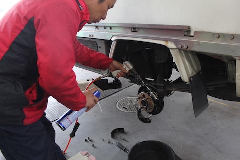 リア ブレーキ オーバーホール 修理