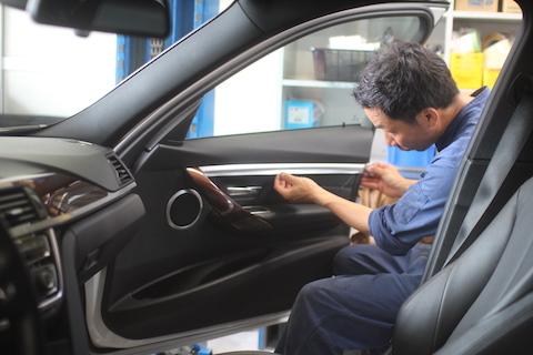 BMW Active HyBrid3 カーラッピング 内装 内張